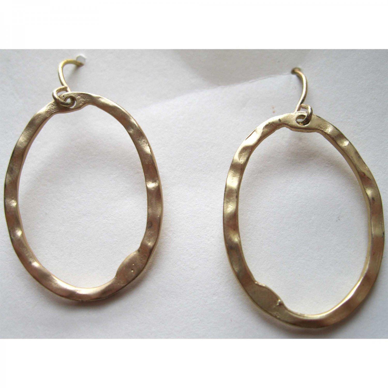 Matt gold oval drop fashion earrings