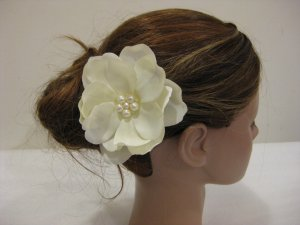 Ivory Cream Wedding Bridal Prom Magnolia Flower Pearl Hair Clip