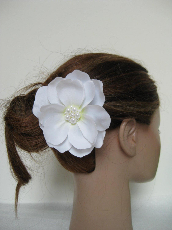 White Wedding Bridal Prom Magnolia Flower Pearl Hair Clip