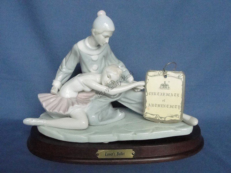 Lover's Ballet  Royal Crown Collector's Edition Authentic Closing Scene Vintage