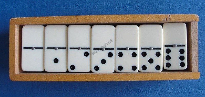 House Martin Dominoes Vintage