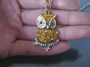 Swarovski Crystal Owl Necklace BZ12