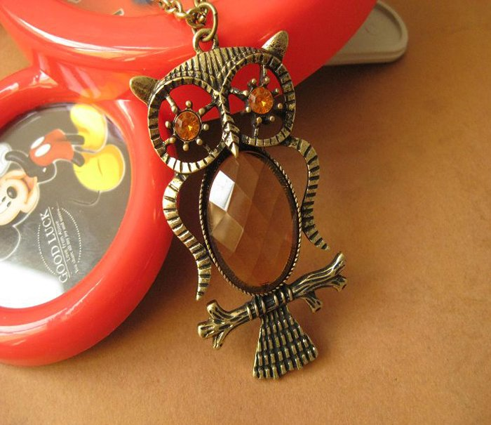Transparent belly owl necklace