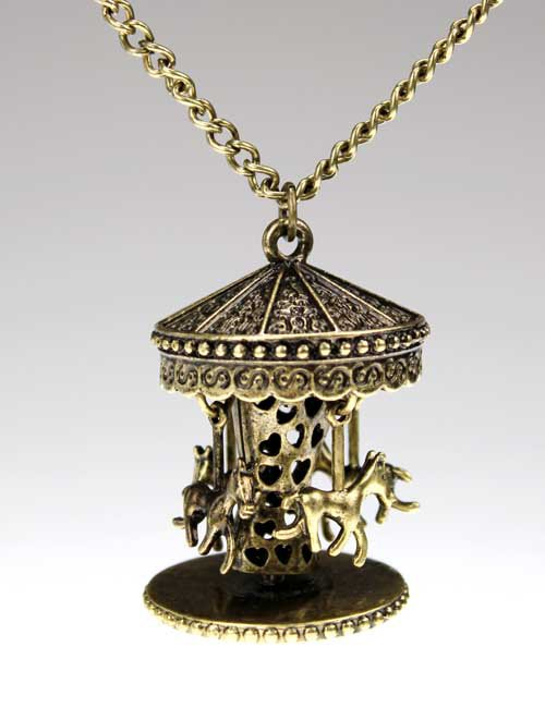 Retro Rotation Trojan necklace