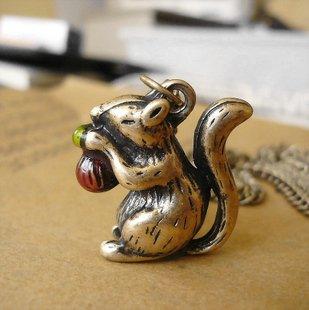 Cute little squirrel necklace