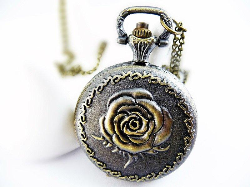 Medium Rose Necklace pocket watch