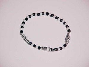 Black and White Zebra Beaded Stretch Bracelet 7 inches