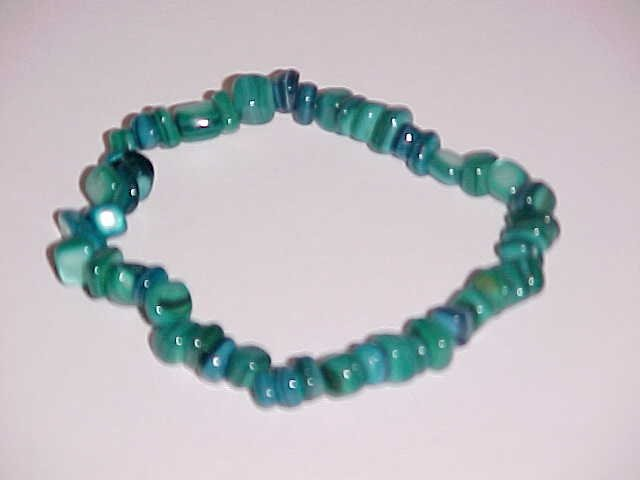 Totally Teal Beaded Shell Stretch Bracelet 7 inches