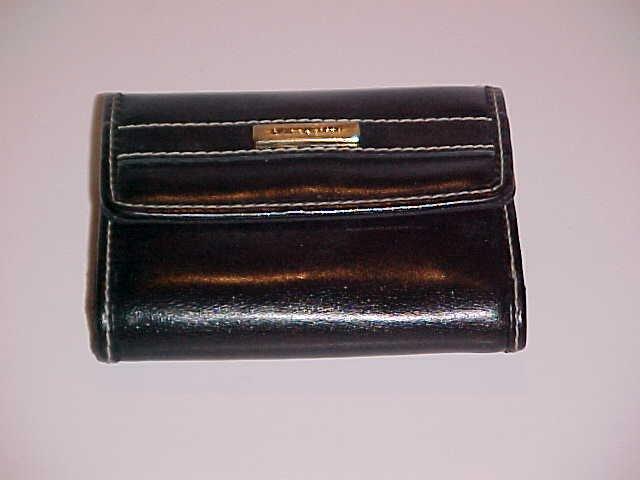 (SOLD )Women's Liz Claiborne Black Faux Leather Wallet