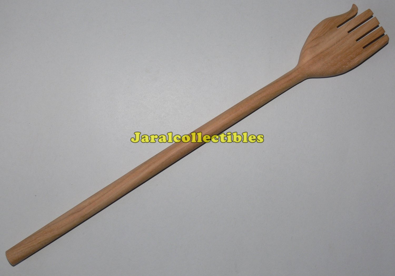 Reflexology Back Scratcher Massage Tool Massager Shoulder Body Leg Arm Wood
