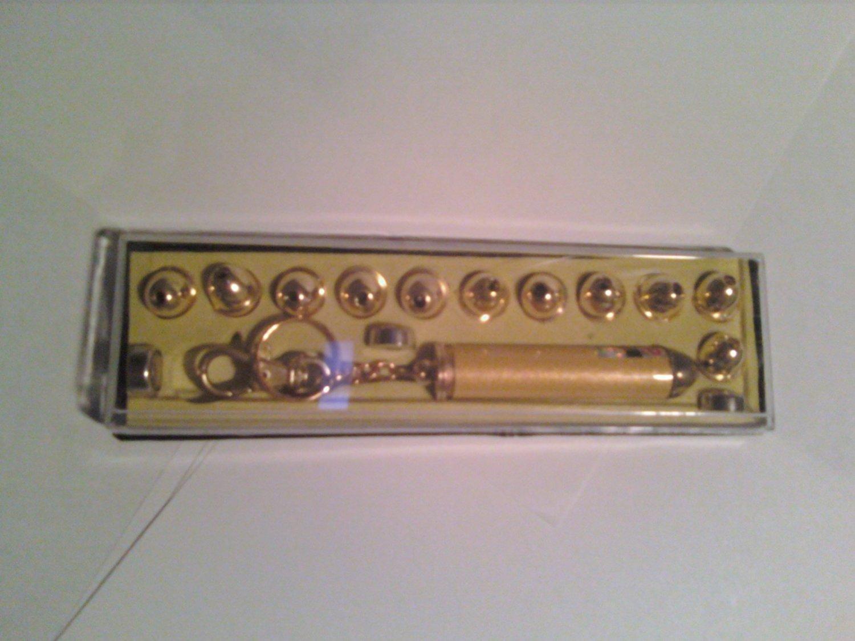 Laser Pointer (Batteries included, 12 tips, case)