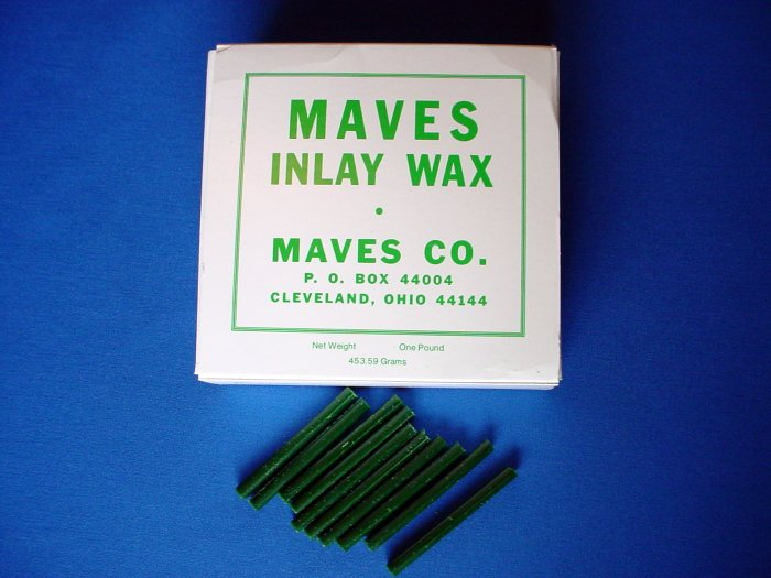 2212 Inlay Wax #2 Green Sticks Maves 1 lb.
