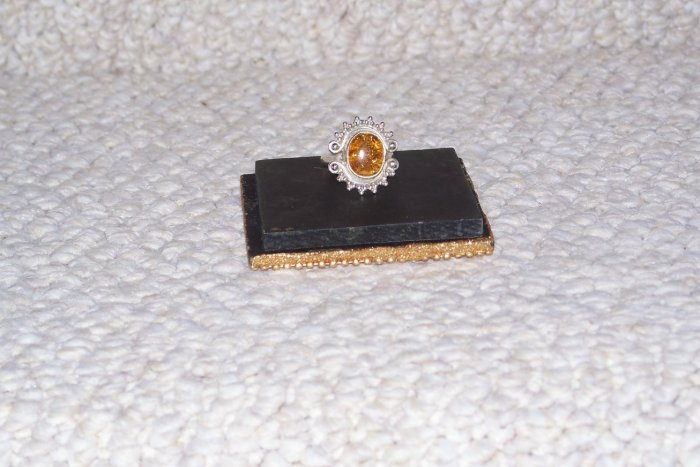 GORGEOUS .925 Sterling Silver Oval Amber GEMSTONE Ring Size 8