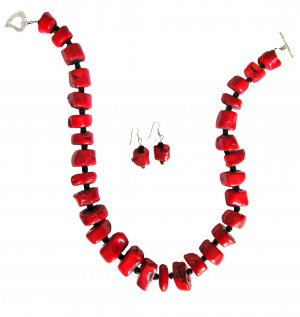 Seeing Red: Coral Onyx Necklace and Earrings Set
