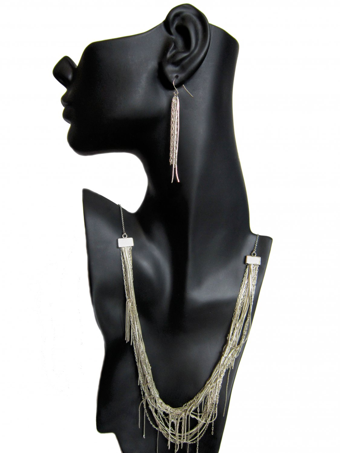 Silver Lining: Seamless Multi-chain Vintage-inspired Necklace Earrings Set
