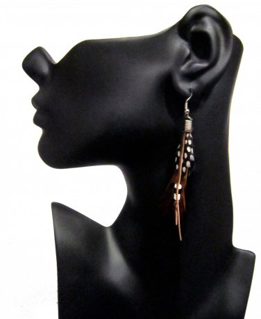 Spotted Feather Earrings �CLEARANCE�