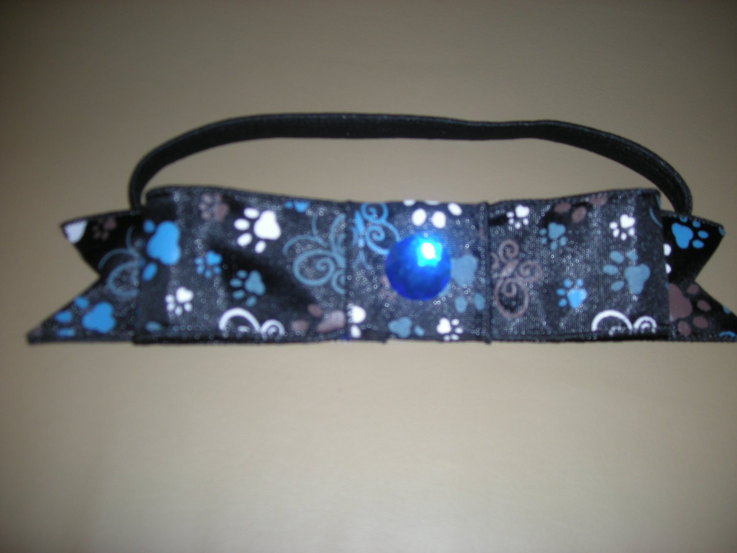 Blue and black bow elastic band