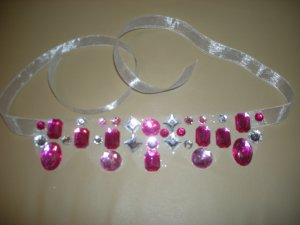 Tulle and rhinestones ribbon necklace
