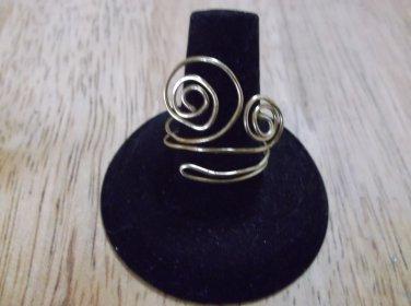 yellow metal Swirls adjustable design ring