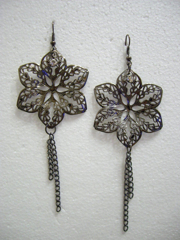 Brand New Alloy Floral/Flower Dangle Hook Earrings