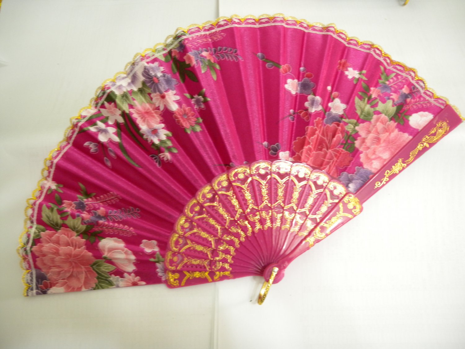 Brand New Japanese Floral Print Folding Fan - Pink