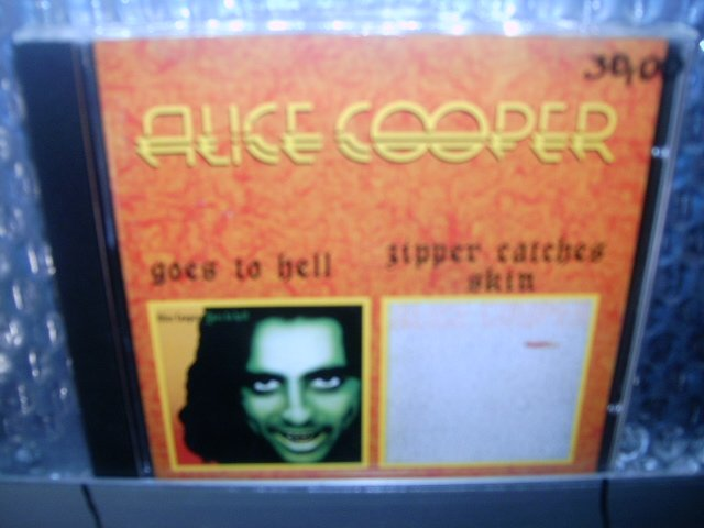 ALICE COOPER goes to hell zipper catches skin CD 1976 1982 HARD ROCK