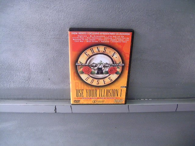 GUNS N' ROSES use your illision 1 world tour - live in tokyo DVD 199? HARD ROCK