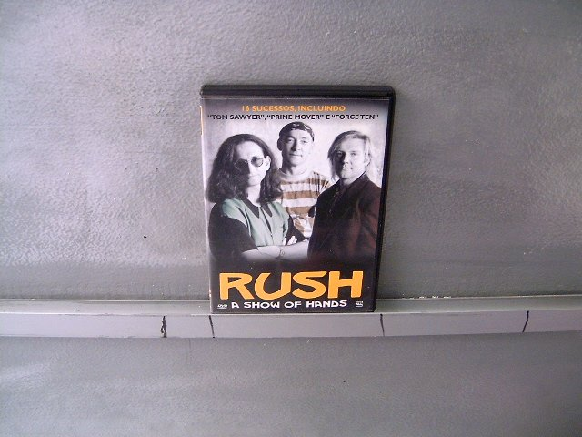 RUSH a show of hands DVD ? PROGRESSIVE ROCK