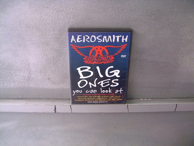 AEROSMITH big ones DVD  ? HARD ROCK POP