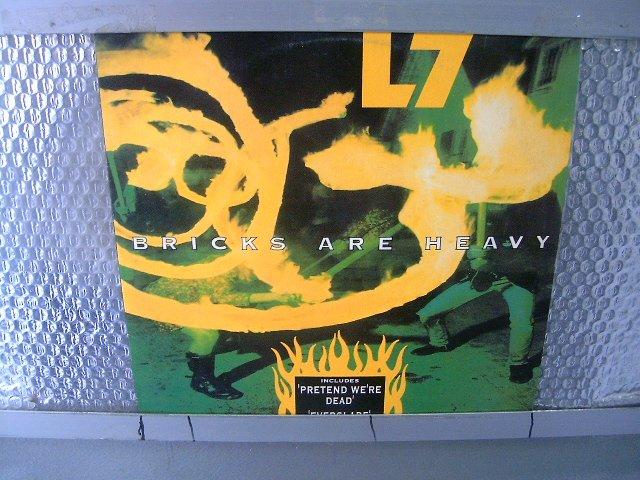 L7 bricks are heavy LP 1992 ALTERNATIVE PUNK ROCK