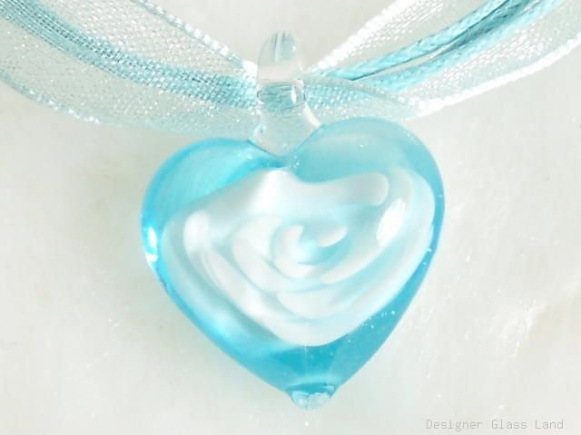 P184 MURANO GLASS BLUE FLOWER HEART PENDANT NECKLACE