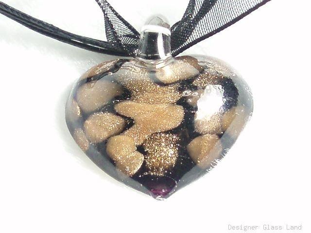 P258 MURANO GLASS BLACK MAGIC HEART PENDANT NECKLACE