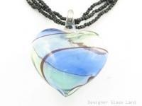 P967 HUGE BLOWN GLASS HEART PENDANT BEADS NECKLACE