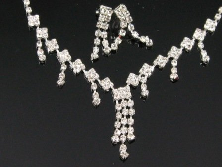 WS004 Elegant Simulated Diamond Wedding Bridal Necklace Earrings Set Best for Gift