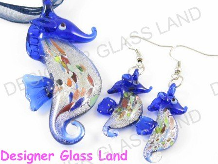 PE039 RARE LAMPWORK GLASS SEAHORSE PENDANT EARRINGS SET
