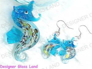 PE040 RARE LAMPWORK GLASS SEAHORSE PENDANT EARRINGS SET