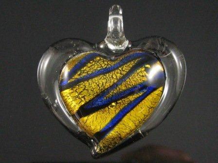 P1019 LAMPWORK GLASS SILVER FOIL GOLDEN HEART PENDANT