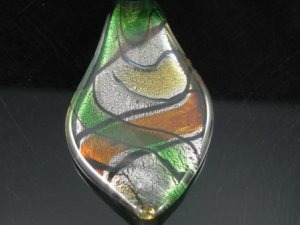 P1021F LAMPWORK GLASS GREEN SILVER FOIL LEAF PENDANT