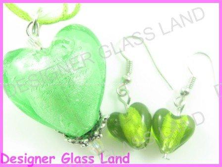 PE115 LAMPWORK GLASS GREEN HEART PENDANT EARRINGS SET