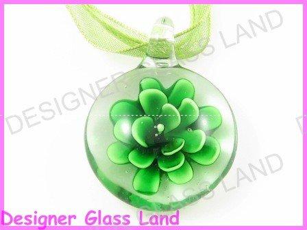 P786F LAMPWORK GLASS 3D GREEN FLOWER PENDANT NECKLACE