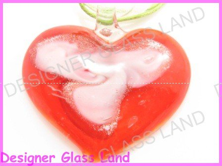 P859F  LAMPWORK GLASS RED HEART PENDANT NECKLACE
