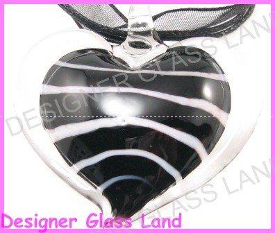P915F LAMPWORK GLASS BLACK HEART PENDANT NECKLACE GIFT