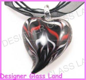 P928F LAMPWORK GLASS BLACK SWIRL HEART PENDANT NECKLACE