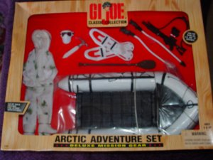 GI JOE Clssic Collection Arctic adventure set the deluxe mission gear 12 inch