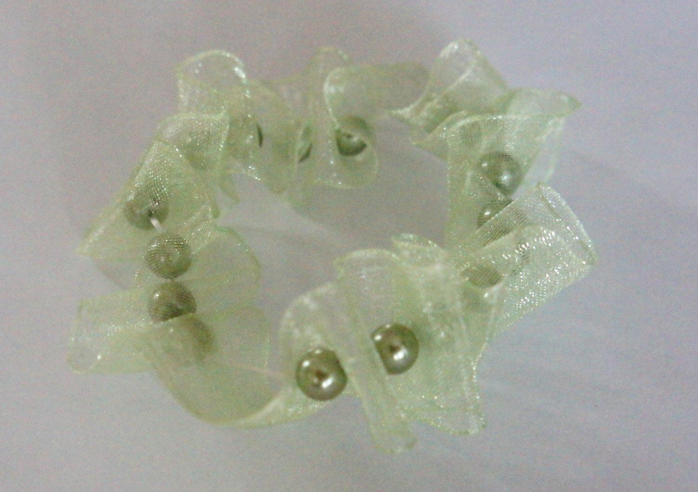 Green scrunchie bracelet