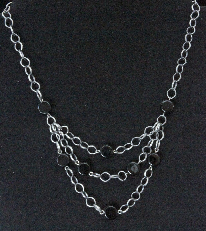 Gunmetal layered chain with black