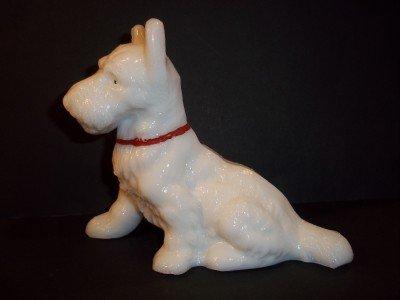 L E SMITH GLASS MILK WHITE Handpainted LARGE SCOTTIE WESTIE DOG Figurine 1930's