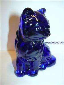 MOSSER COBALT BLUE GLASS PERSIAN CAT KITTEN FIGURINE