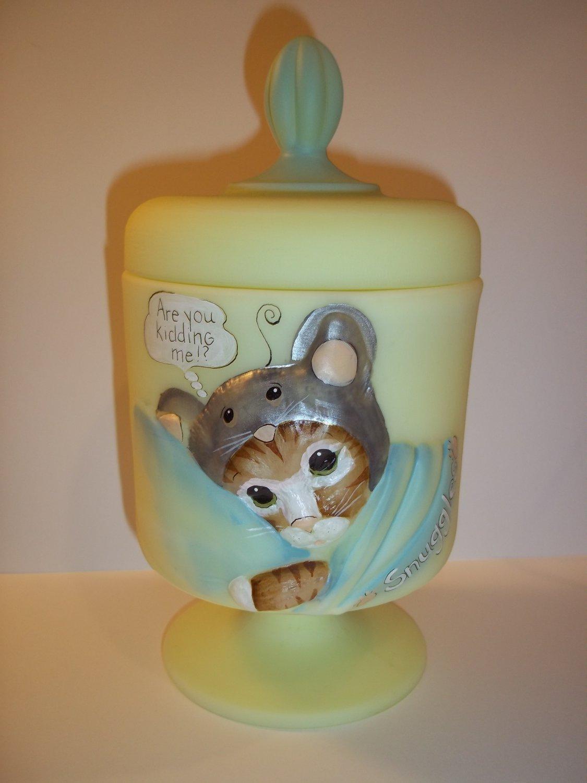 Fenton Glass Yellow SNUGGLES CHESSIE CAT BOX Covered Jar GSE LTD ED Kim Barley