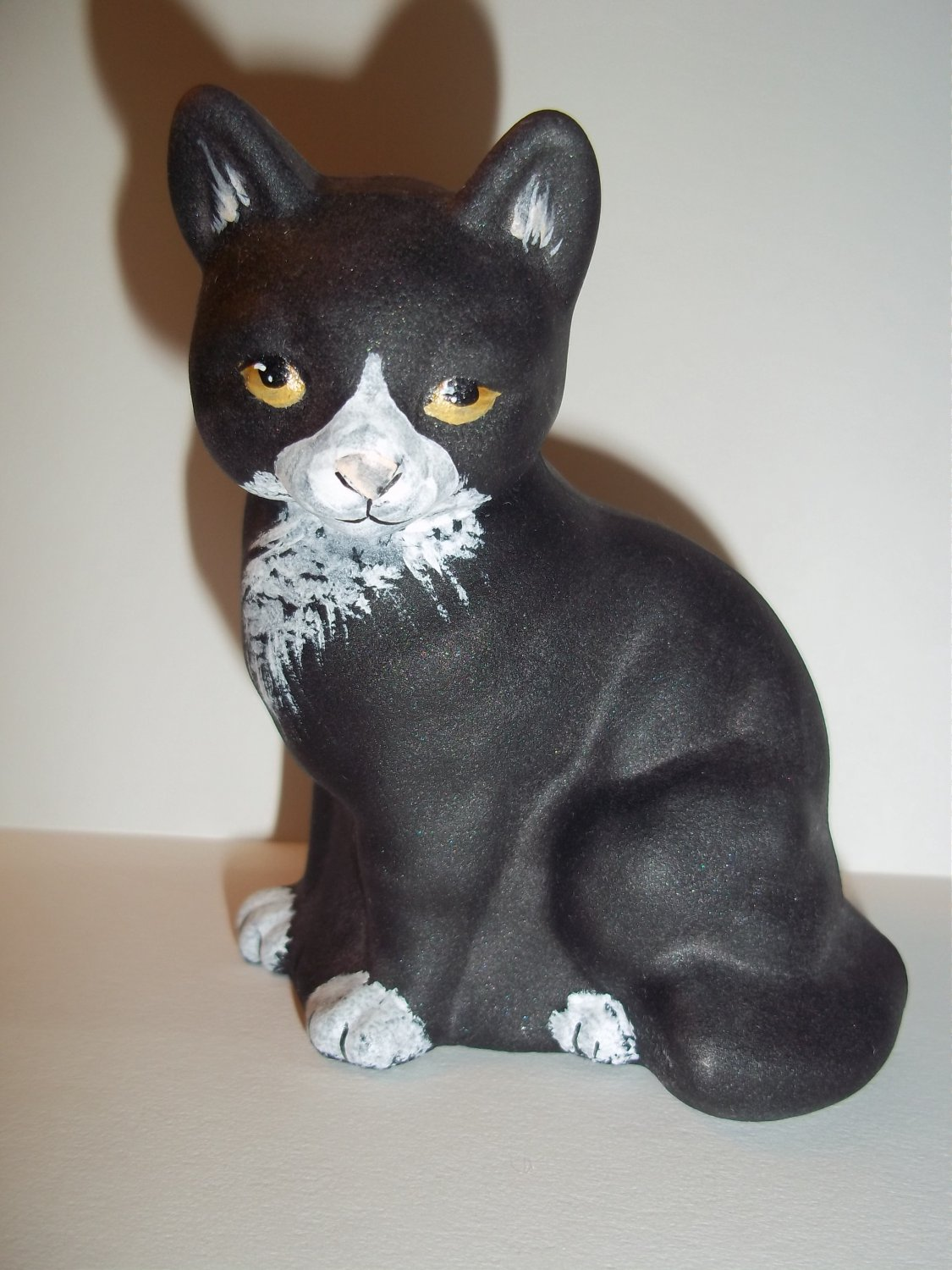 Fenton Glass Black & White Tuxedo Sitting Cat M Kibbe GSE Ltd Ed #15/39